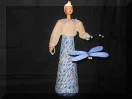 «Стрекоза»- кукла-тайничок. Холст, роспись, лепка.